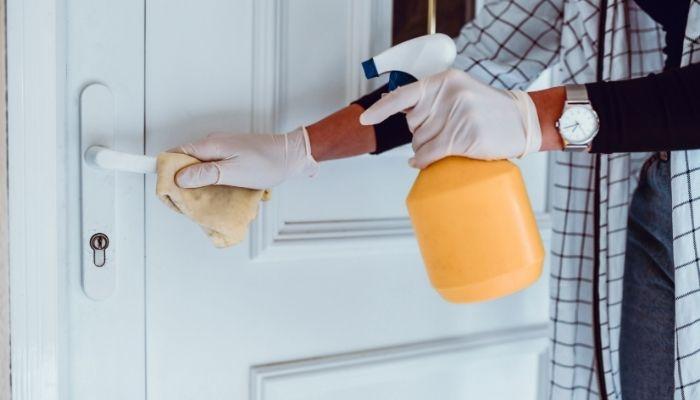 cleaning the door handles
